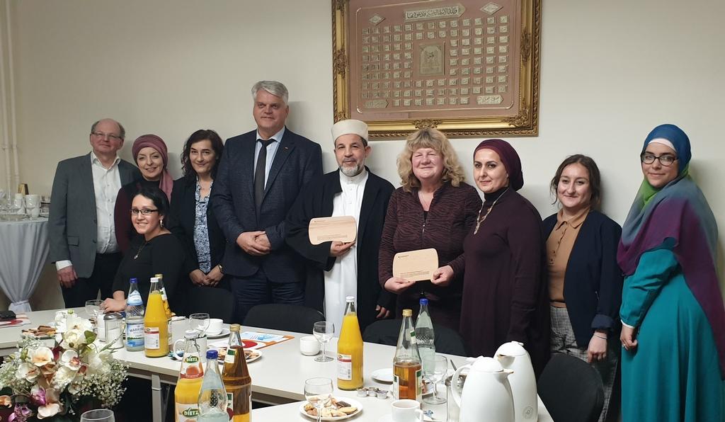 Begegnungen mit muslimischen Jugendlichen und Frauen