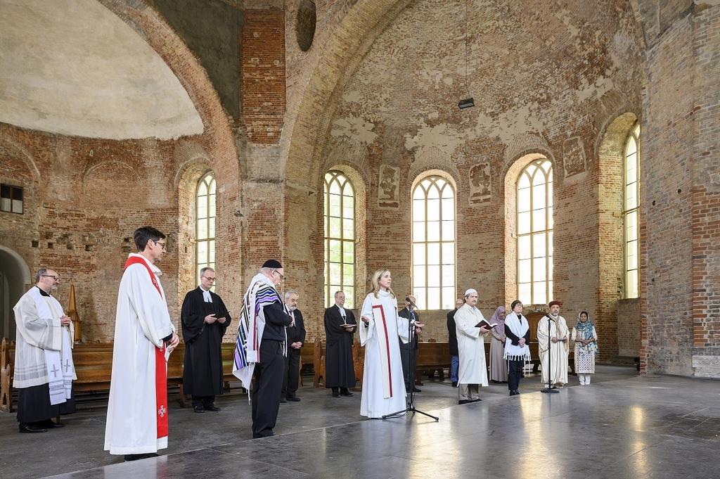 Multireligiöses Gebet
