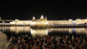 Grüße zum Sikh-Fest: Bandi ChorDivas